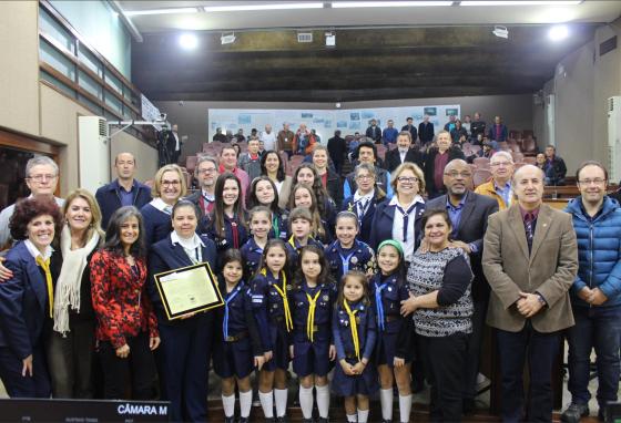 Movimento Bandeirante recebe homenagem do Legislativo pelos 100 anos